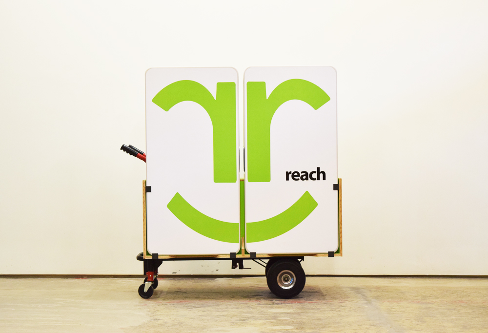REach: Mobile Computer Literacy Training Lab